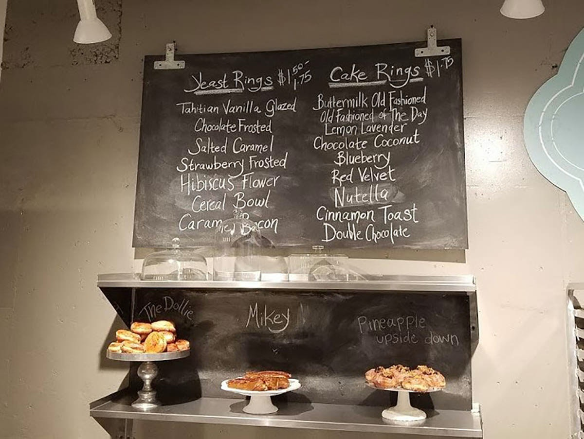 Dollie's Donuts