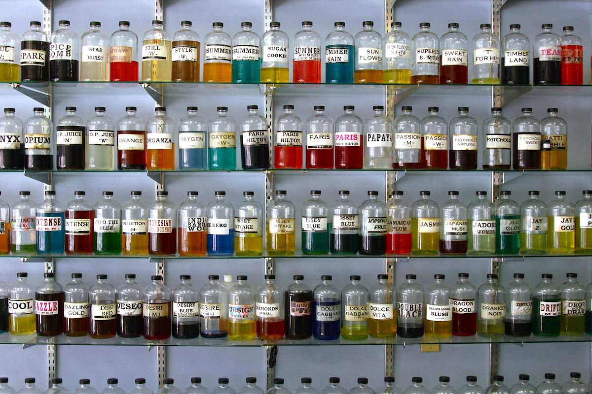 Taj Perfumes