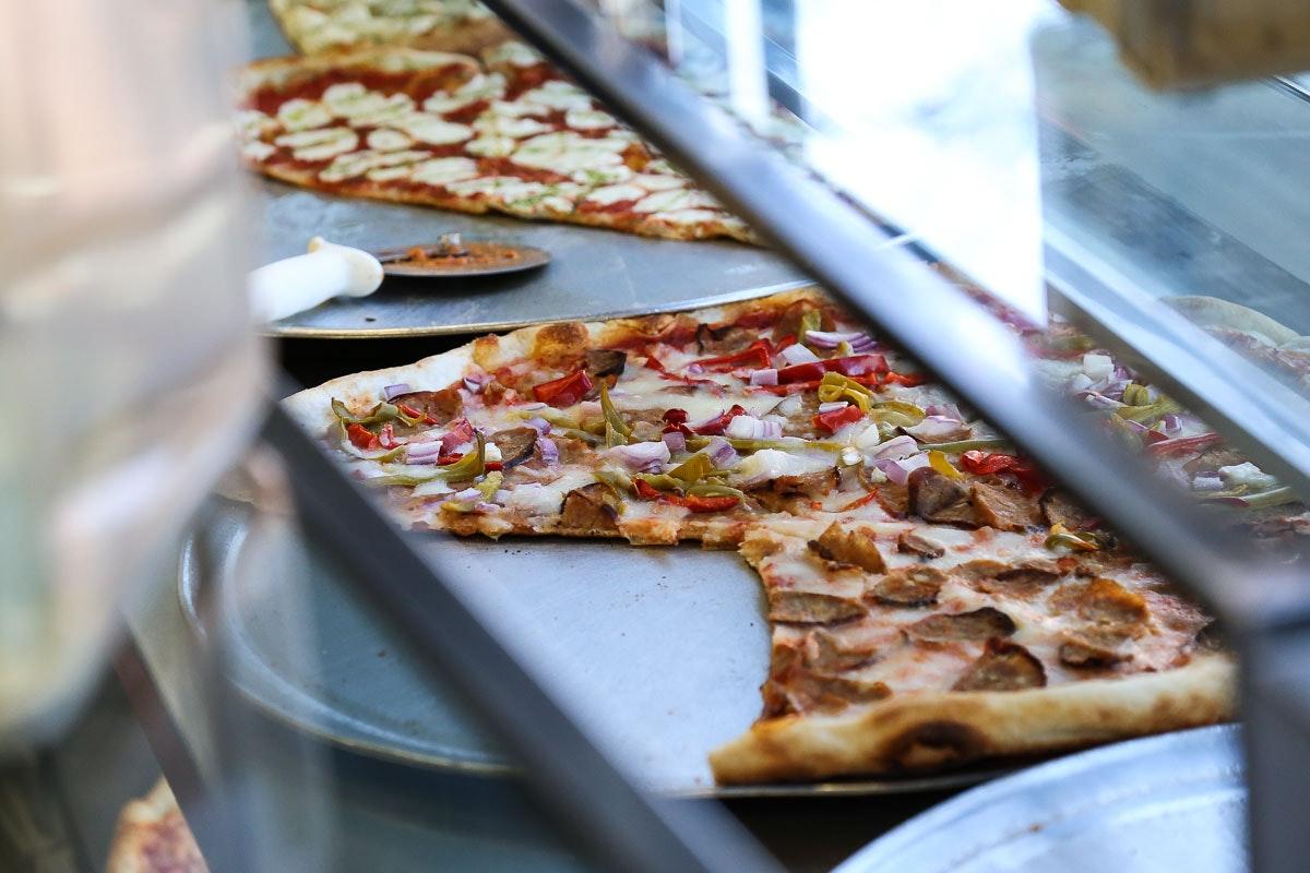 Luigi's Pizza Counter