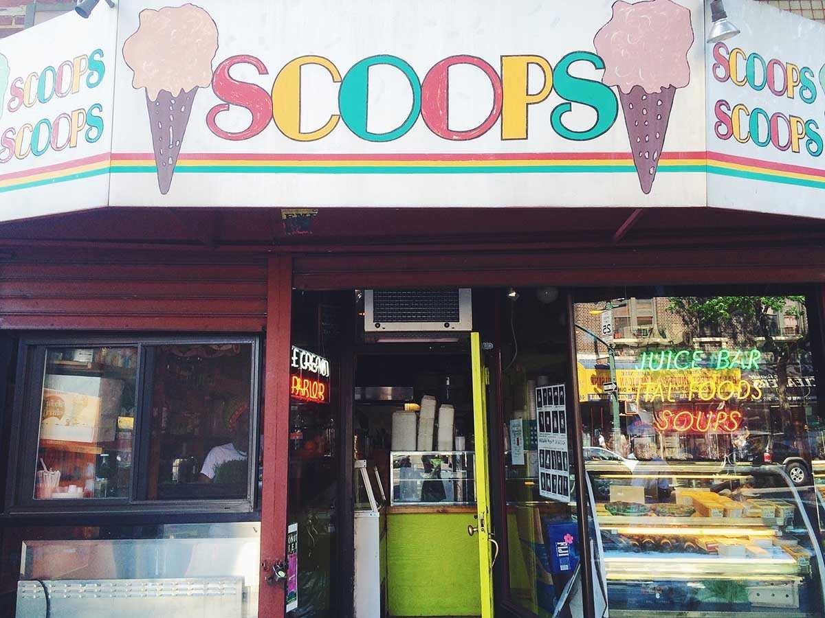 Scoops & Plates