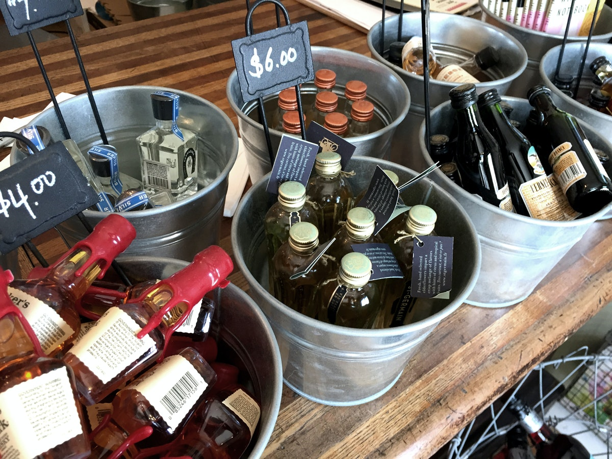 Dry Dock Wine + Spirits