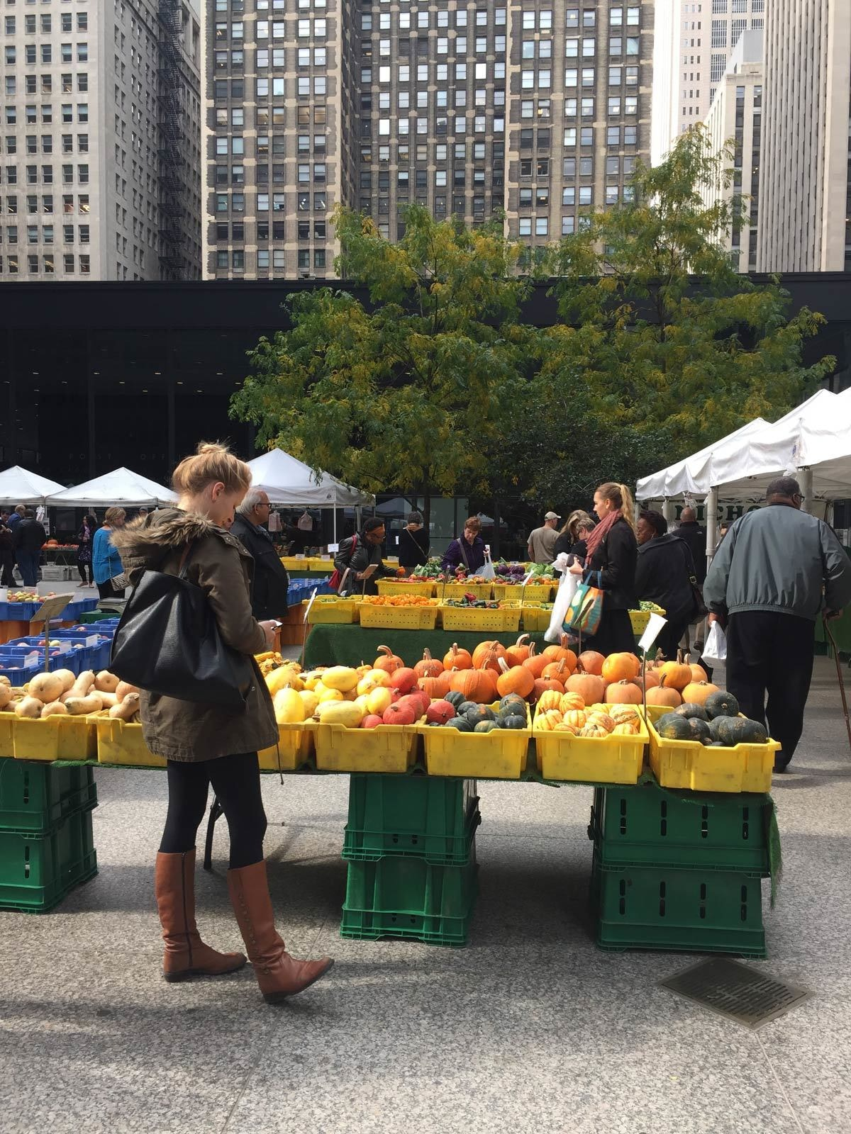 Farmers Market in Financial Plaza