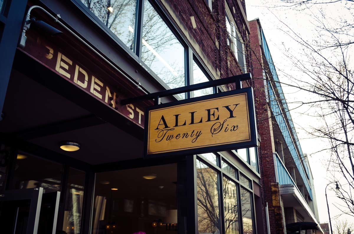 Alley 26
