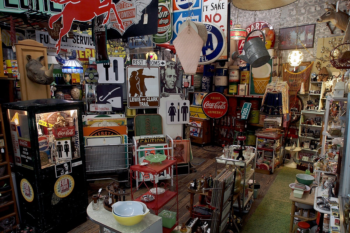 River Market Antiques