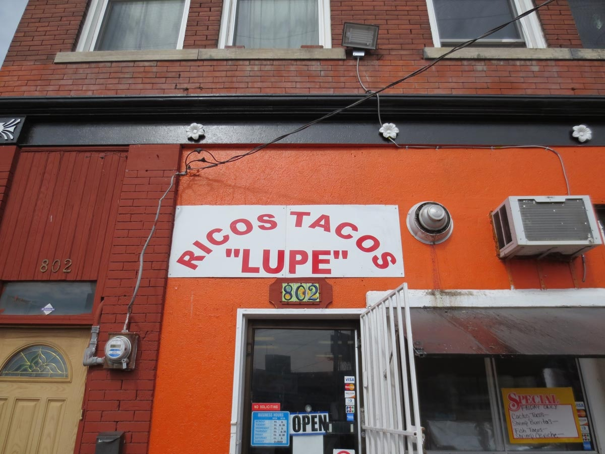 Ricos Tacos Lupe