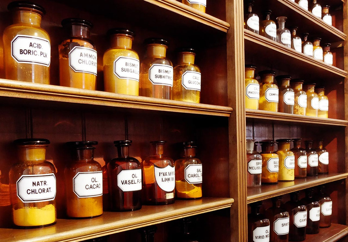 Medicine and Pharmacy Historical Collection