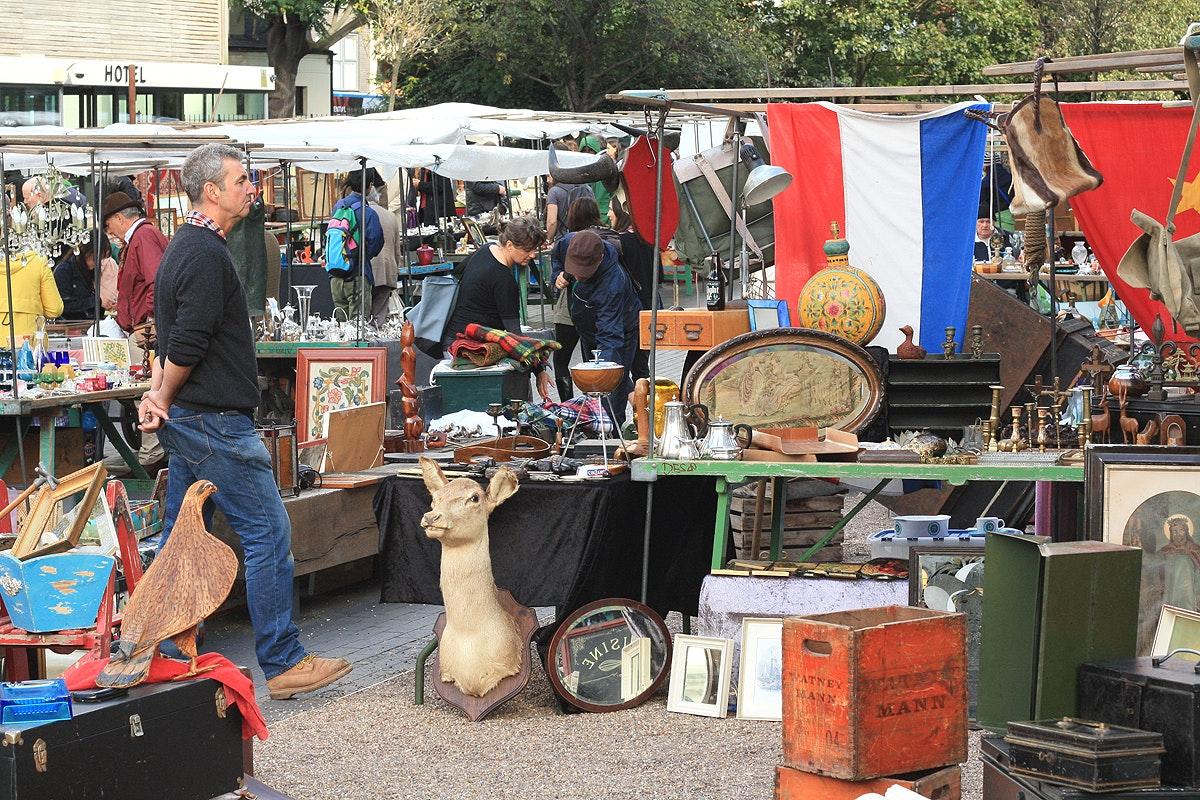 Bermondsey Square Antiques Market