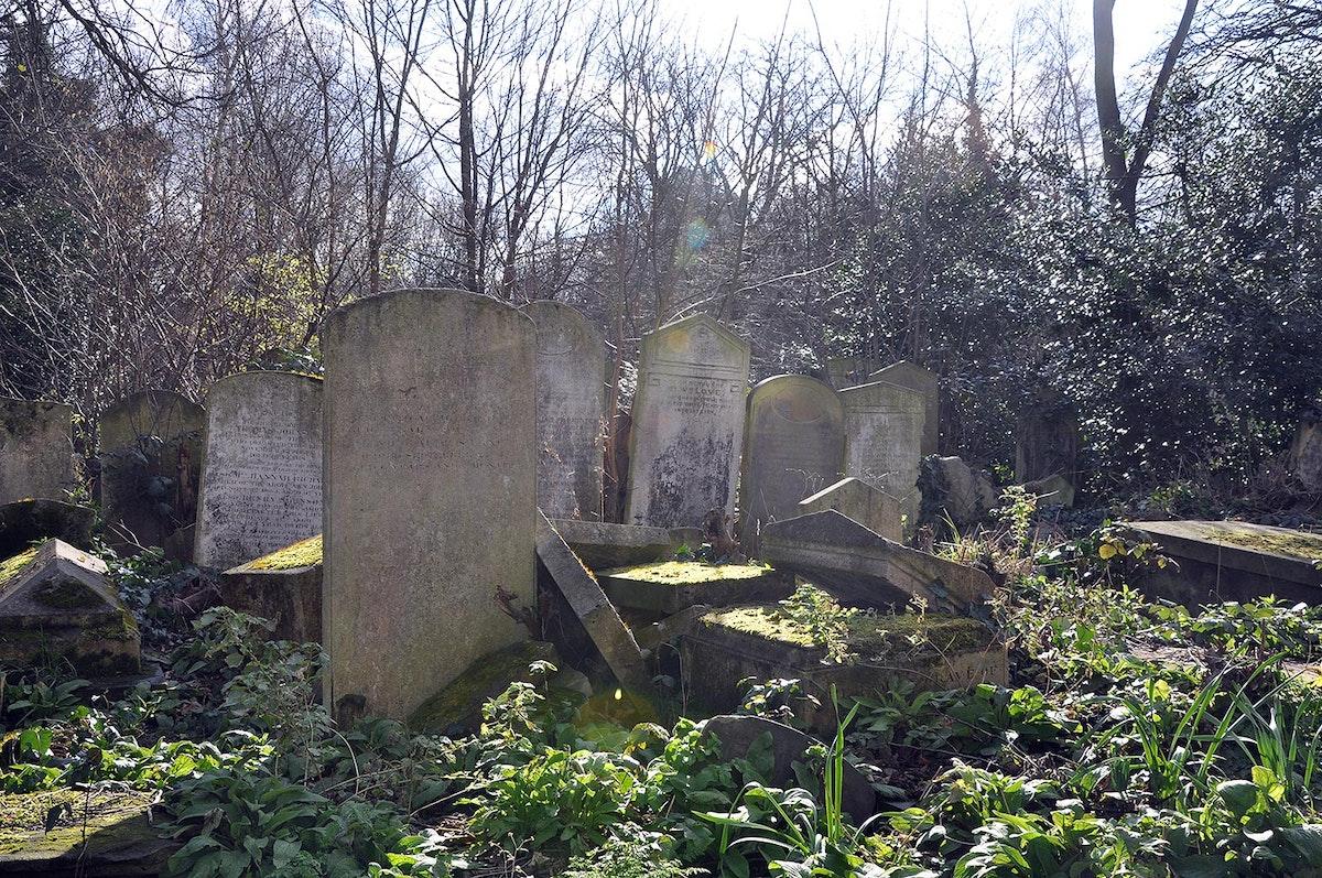Cemetery Park
