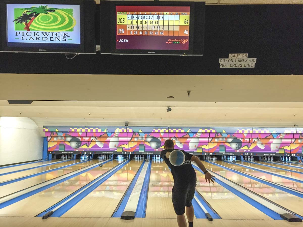 Pickwick Bowling Alley | Burbank california, Burbank ...