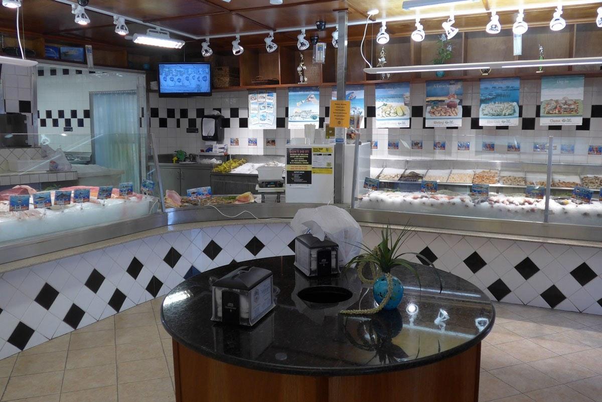 Casablanca Seafood Bar & Grille