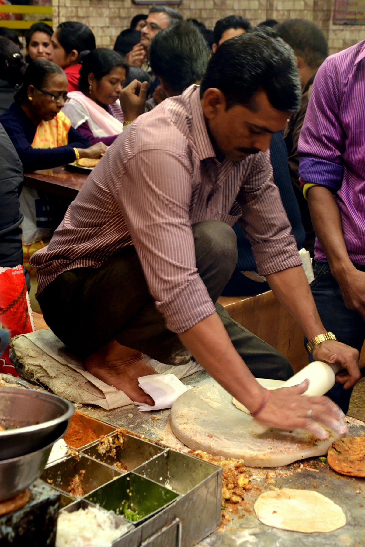Pt. Gaya Prasad Shiv Charan Paranthe Wale