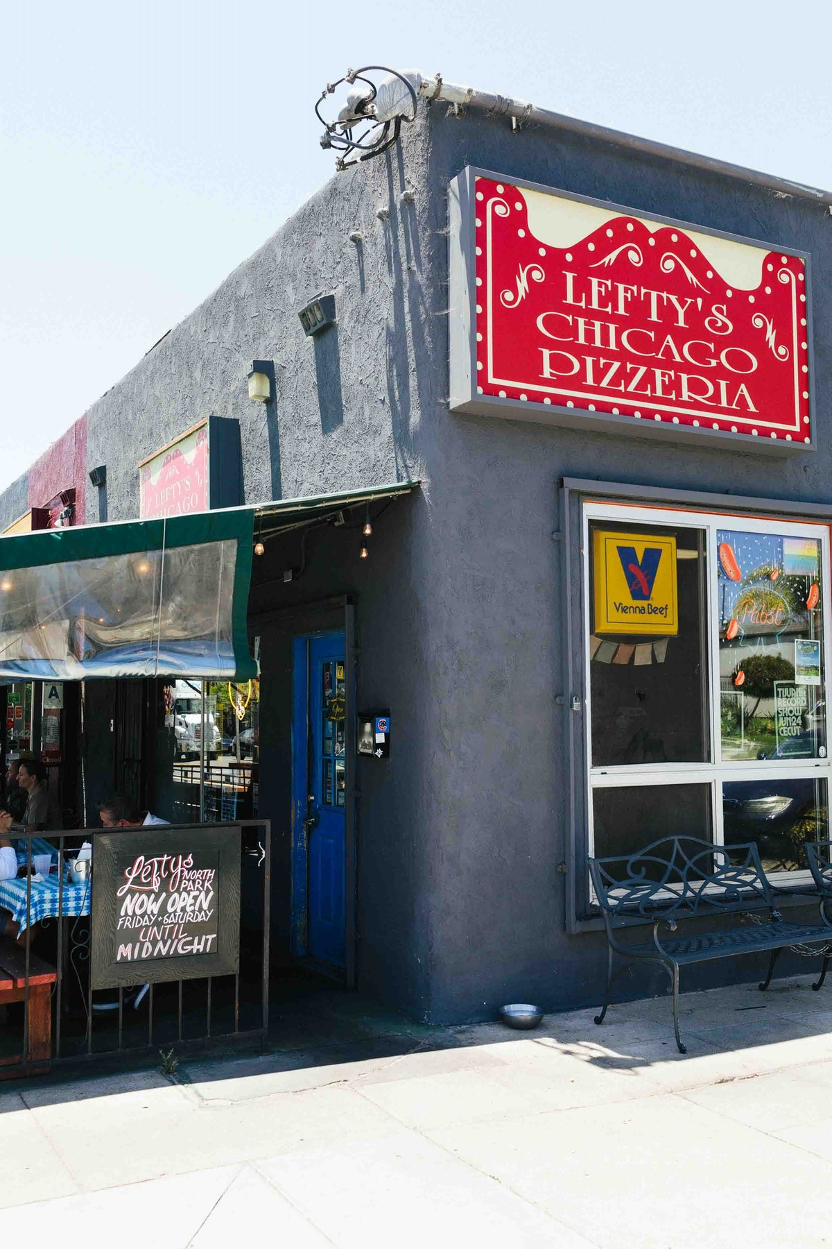 Lefty's Chicago Pizzaria