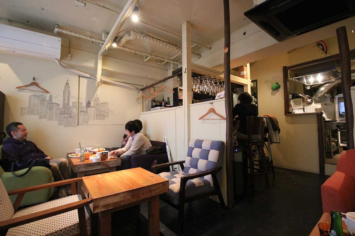 Nyu-yo-kukafe (New York Cafe)