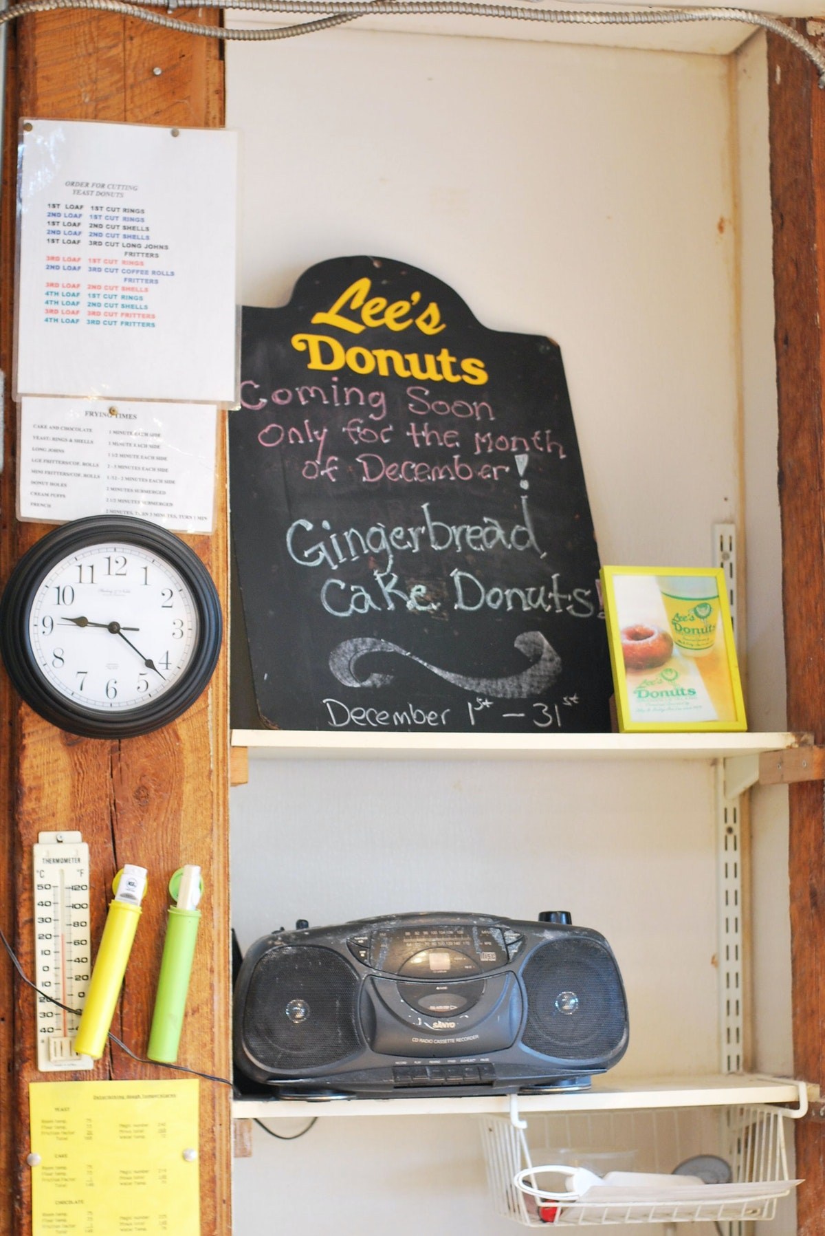 Lee's Doughnuts