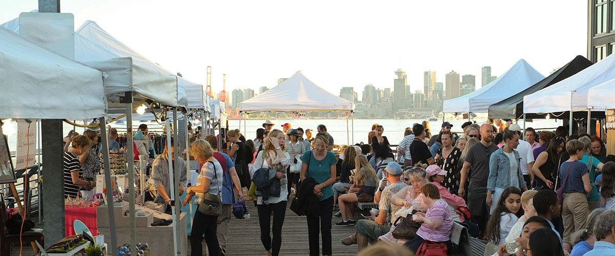 The Shipyards' night market